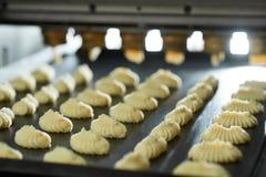 Les séries de pâte crue sur la boulangerie rayent Image stock