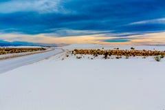 Les sables blancs surréalistes étonnants du Nouveau Mexique Photographie stock libre de droits
