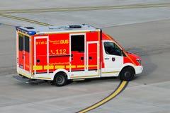 Les sapeurs-pompiers d'aéroport de Dusseldorf Images libres de droits