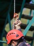 Les sapeurs-pompiers rappelling photo stock