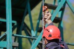 Les sapeurs-pompiers rappelling images libres de droits