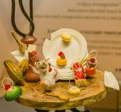 Les sculptures en souris et en plat font du chocolat Photographie stock libre de droits