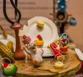 Les sculptures en souris et en plat font du chocolat Photos stock