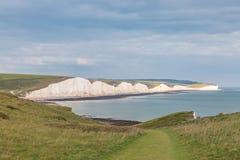 Les sept falaises de soeurs dans le Sussex photos stock