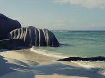 Les Seychelles tropicales Palmiers sur la La Digue Image libre de droits