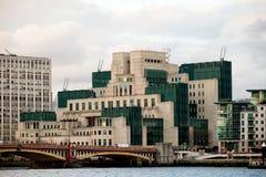Les sièges sociaux du Service des Renseignements secret britannique Mi6 Image libre de droits