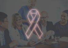 Les soins de santé d'espoir de cancer du sein croient le concept Image libre de droits
