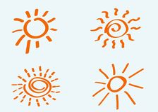Les soleils tirés par la main de griffonnage Vecteur, d'isolement photos libres de droits