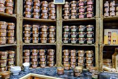 Les speculoos de lait de noisette et les diffusions de pistache cogne en vente à s photos stock