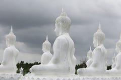 Les statues de Bouddha sont dans le temple Image stock