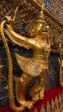 Les statues du serpent de lutte de naga de Krut Photos libres de droits