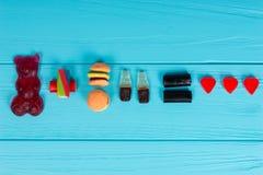 Les sucreries délicieuses représentent sous forme d'ours gommeux, hamburger Photos libres de droits