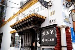 Les Tapas barrent, Séville, Espagne. Photographie stock libre de droits