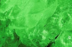 Les tessons abstraits de texture de couleur de vert de glace ont modifié la tonalité Macro surexposé photos libres de droits