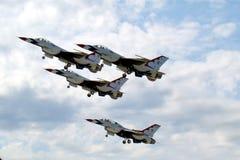 Les Thunderbirds - base aérienne de Nellis Image stock