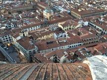 Les toits des maisons dans la ville de Florence Image stock