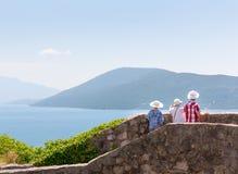 Les touristes apprécient la vue Photos stock