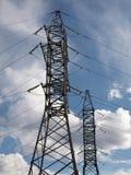 Les tours d'énergie électrique Photo stock