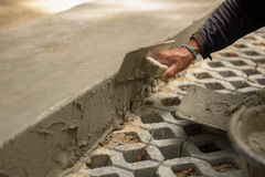 Les travailleurs de la construction de femmes de la Thaïlande plâtraient Image libre de droits