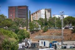 Les travailleurs de la construction espagnols, construisent une construction importante Photo stock