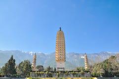 Les trois tours célèbres dans le temple de Chongsheng, Chine Images stock