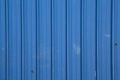 Les tuiles de toit bleues arrangent Photo stock