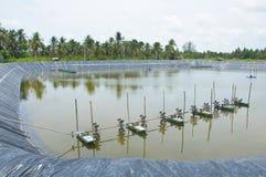 Les turbines d'aération dans l'eau Images stock