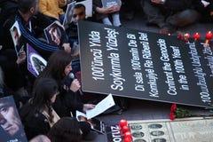 Les Turcs, Arméniens commémorent l''genocide' arménien dans Ä°stanbul Images libres de droits