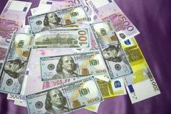 Les USA 100 200 500 euros Photo stock