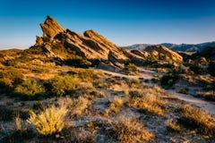 Les usines et les roches chez Vasquez bascule le parc du comté, dans l'Agua Dulce, Ca Photo stock