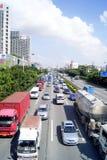 Les véhicules sur les routes Images libres de droits