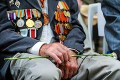 Les vétérans de la deuxième guerre mondiale à la célébration de la 9ème peuvent Photographie stock libre de droits