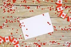 Les vacances nationales du 1er juillet - jour heureux du Canada, f?te du Canada, le concept du patriotisme, l'ind?pendance et m?m photographie stock