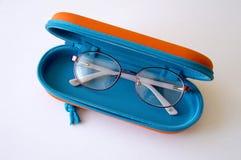 les verres des enfants pour la correction de vision photographie stock libre de droits