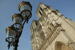 Les viaja Notre-Dame de Paris del de Foto de archivo
