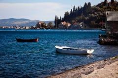 Les vieux bateaux de mer dans Kotor aboient, Monténégro photos libres de droits