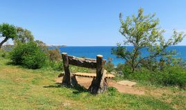 Les vieux gabarits vides en parc à la mer Méditerranée marchent, la Turquie Image libre de droits