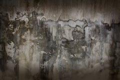 Les vieux murs avec des nuances de brun foncé Photos libres de droits