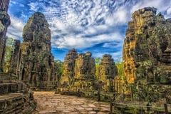 les visages en pierre de bayon des personnes, Siem Reap, Cambodge, étaient inscri Image stock