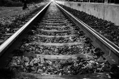 Les voies rouillées de train de chemin de fer photographie stock