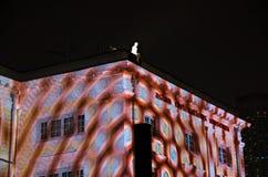 Les voyageurs och ljus show under den Singapore floden på nätterna 2015 Royaltyfria Bilder