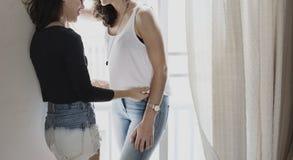 Lesbijski pary pojęcie Wpólnie Indoors Fotografia Royalty Free