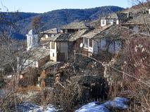 Leshten,保加利亚村庄与地道19世纪房子的 图库摄影