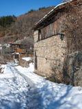 Leshten,保加利亚村庄与地道19世纪房子的 免版税图库摄影