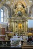 LESNIOW POLEN - 01 Maj 2016: Inre av kyrkan i ³ w S för LeÅ› nià Royaltyfri Foto