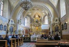 LESNIOW POLEN - 01 Maj 2016: Inre av kyrkan i ³ w S för LeÅ› nià Arkivfoto