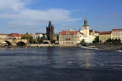 Lesser Old Town Bridge Tower, Charles Bridge, Moldau, Prag, Tschechische Republik Lizenzfreies Stockbild