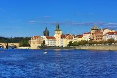 Lesser Old Town Bridge Tower, Charles Bridge, Moldau, Prag, Tschechische Republik Lizenzfreie Stockbilder