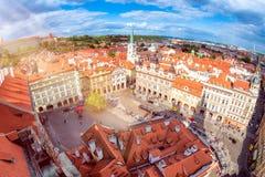 Lesser Town Square de la iglesia del Saint Nicolas Praga, R checo Fotografía de archivo libre de regalías