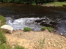 Lessives en rivière Images stock
